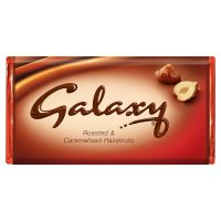 Galaxy Roasted & Caramelised Hazelnut bar