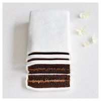 Wedding Cutting Bar - Chocolate sponge cake