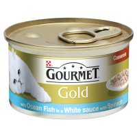 Gourmet Gold fish casserole with spinach in white sauce