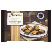 Thorntons mini caramel flapjacks