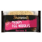 Sharwoods medium egg noodles - 375g