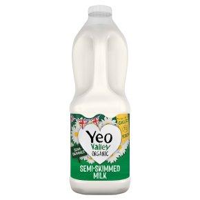 Yeo Valley organic semi-skimmed milk