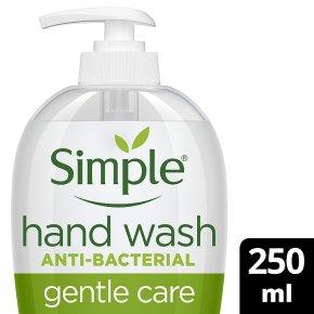 Simple Kind to Skin antibacterial handwash